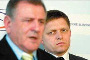 Mečiar sa údajne vyhráža, že odíde z koalície. Nahnevalo ho, že neprešli jeho nominácie do SPP a STV.