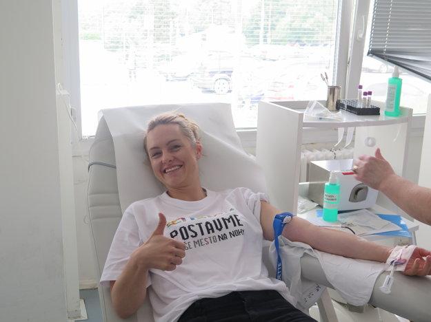 Firemní dobrovoľníci prišli na Kramáre darovať krv.