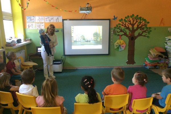 Minko Špinko na návšteve v materskej škole.