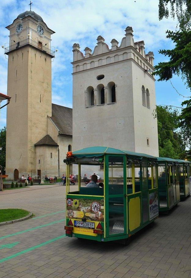 Obľúbená turistická atrakcia Popradu začala znovu premávať. Jej pravidelná premávka v letnej sezóne sa začala v roku 2015.