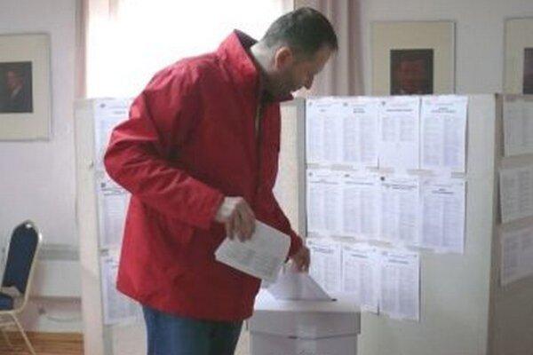 Voliči na Slovensku sa výrazným spôsobom prepísali politickú mapu krajiny.