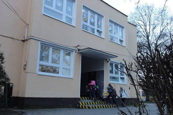 Škola na Devínskej.