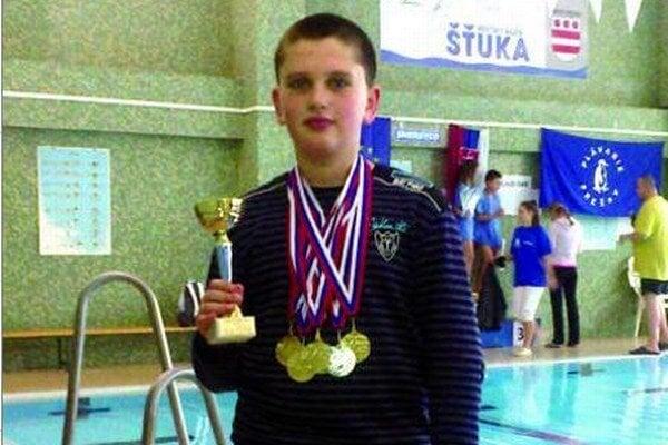 Jakub Šebok si na Spiši vyplával štyri medaily.