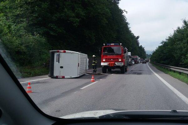 Nehoda medzi Povinou a Kysuckým Novým Mestom