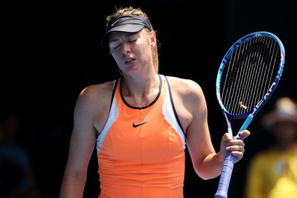 Maria Šarapovová si tenis zahrá súťažne až v roku 2018.