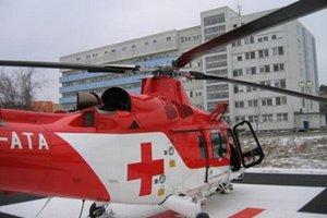 Zraneného musel odviezť vrtuľník.