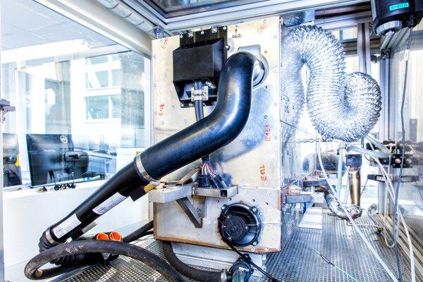 Nissan vyvíja systém palivových článkov využívajúci namiesto vodíka bioetanol