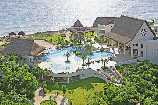 Zenserenity Wellness Resort Tulum.