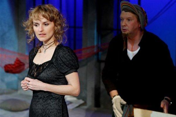 Henrieta Jančišinová v predstavení Plantáž sRichardom Stankem.