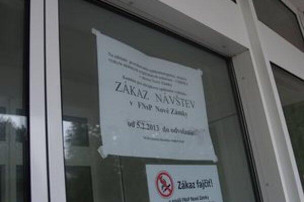 Nemocnica v Nových Zámkoch je zatvorená do odvolania.