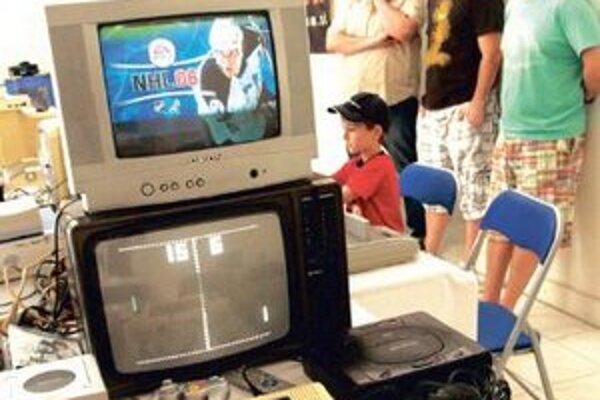 Jedna z najstarších a najpopulárnejších hier - pong.