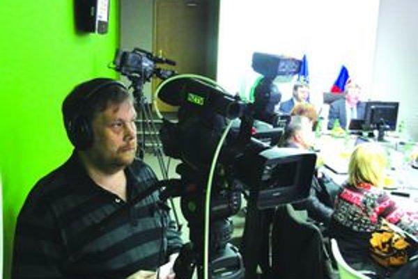 Mestská televízia vysiela aj prenosy zo zastupiteľstva.