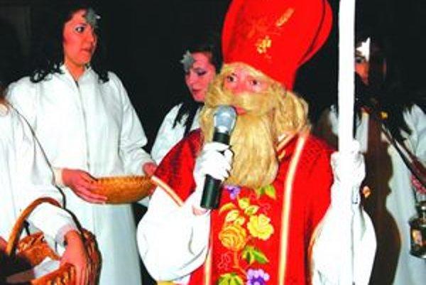 Koniec roka býva v Šuranoch tradične veselý. Budúci rok však pre samosprávy nebude ľahký.