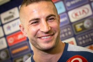 Náš skúsený reprezentant verí, že Slovensko v osemfinále neskončí.