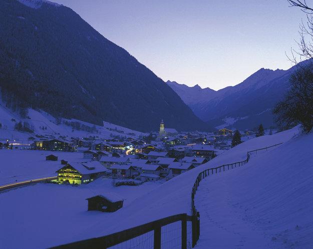 Rakúske strediská ponúkajú milovníkom zimných športov príjemnú atmosféru.