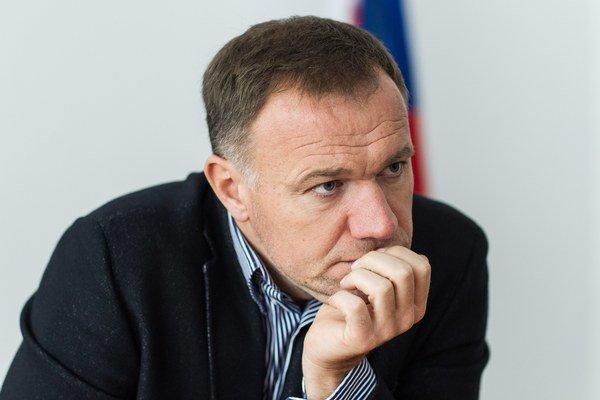 Minister zdravotníctva Viliam Čislák.
