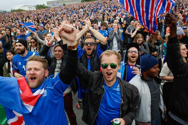 Island spôsobil aj doma futbalové šialenstvo.