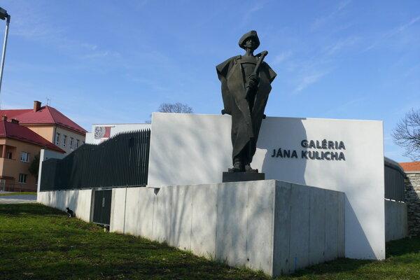 Galéria vo Zvolenskej Slatine.