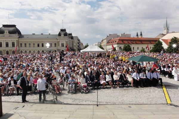 Na Cyrilo-metodskej národnej púti v Nitre sa stretli stovky veriacich.