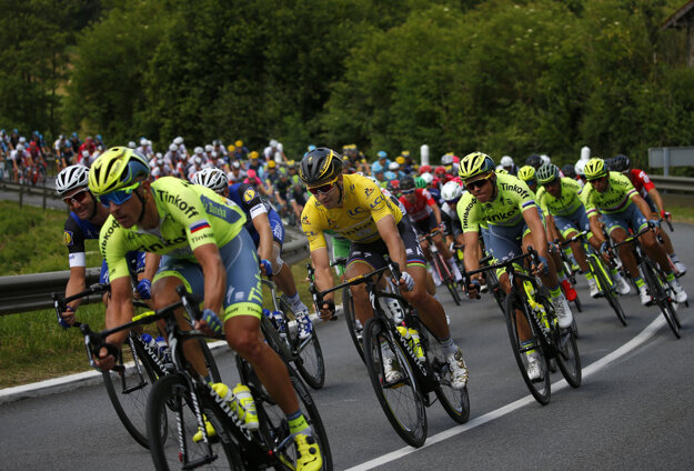 Peter Sagan kritizuje jazdu cyklistov v pelotóne.