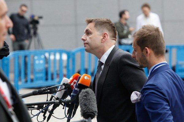 Minister financií Peter Kažimír po rokovaní v Bruseli.