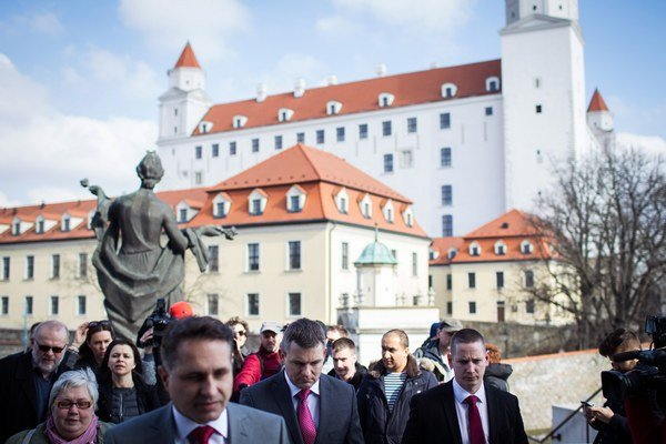 Umiestnenie financií z asignovanej dane je vychýlené v prospech  potrieb vysokopríjmových osôb a Bratislavského kraja.