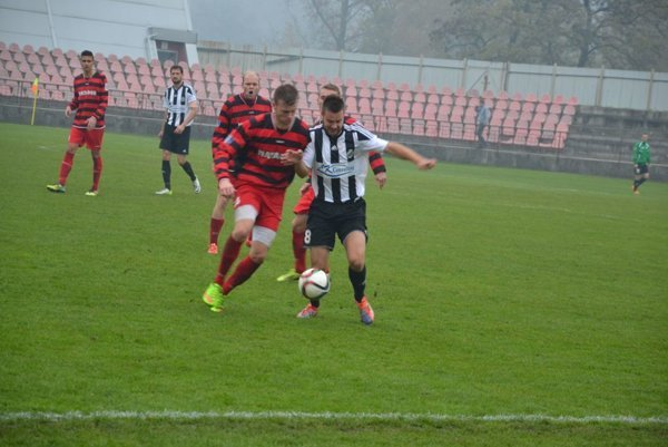 Púchov - FC Baník HN Prievidza & Handlová.