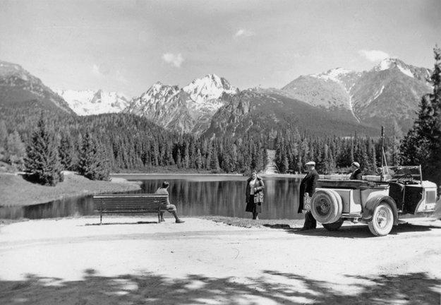 5. júna 1933. Vysoké Tatry, pred hotelom Môri.