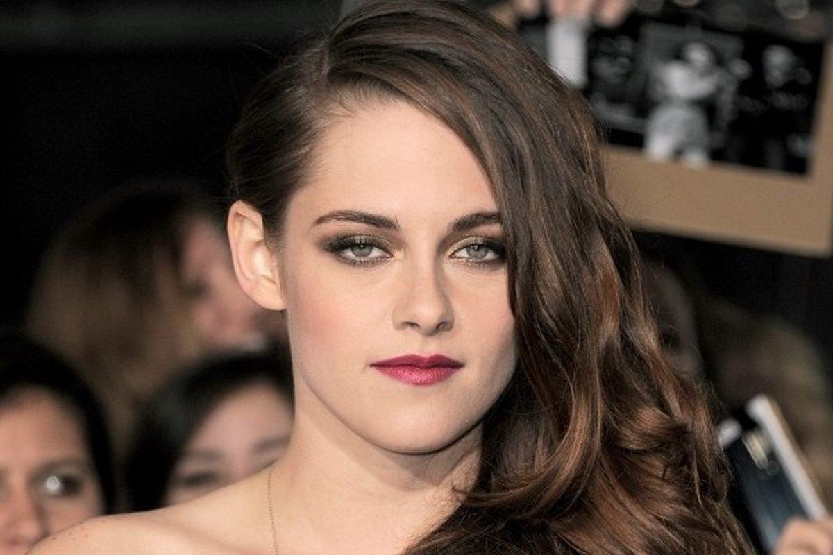 Rob Pattinson datovania 2013 17 sex hrôzy príbehy