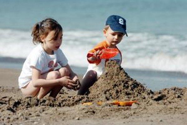 Malé deti si dovolenku síce neužijú, ale tie staršie si ju vedia vychutnať.
