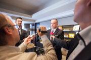 Andrej Kiska počas brífingu pre slovenské médiá v hoteli Steingenberger Whiltcher´s po prijatí u belgického kráľa Filipa v kráľovskom paláci v Bruseli.