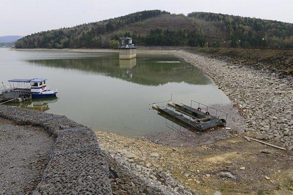 Domaša na začiatku apríla, dnes je v nej podstatne viac vody.