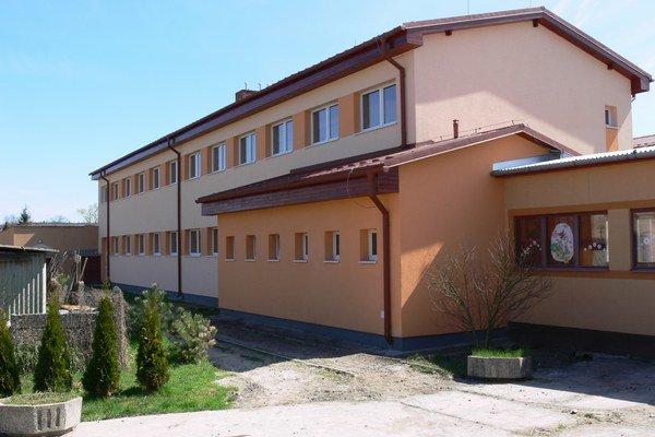 ZŠ na Kukučínovej. Objekt je po obnove v dobrom technickom stave.