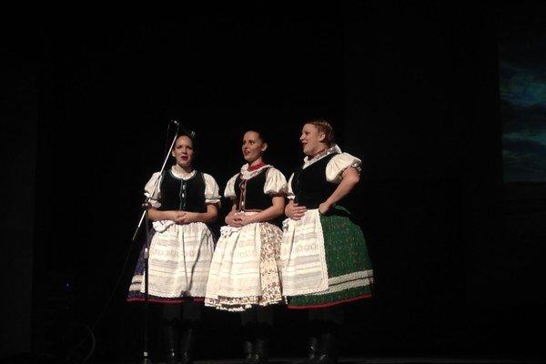 Tanec. Spoločné predstavenie vo Vranove.