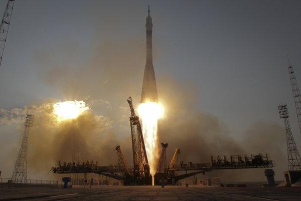 Kapsula vyštartovala z kazašského Bajkonuru vo štvrtok.