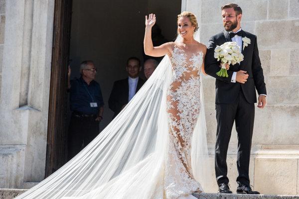 Dominika Cibulková sa nedostala do finále Wimbledonu, takže svadba sa nepresúvala.