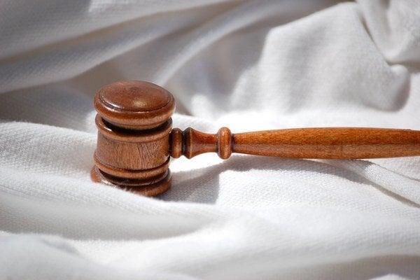 Slovenskí podnikatelia najviac kritizujú vymáhateľnosť práva a funkčnosť súdnictva.