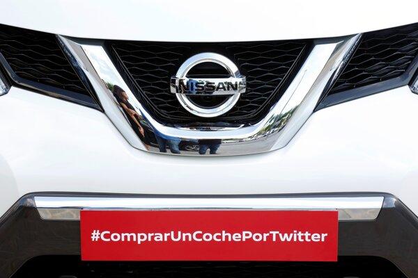 """Použitý hashtag #compraruncocheportwitter znamená """"kúpiť auto cez Twitter""""."""
