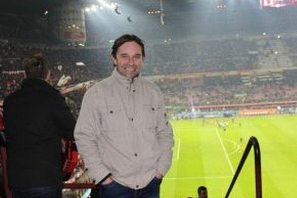 Róbert Gatial na štadióne.