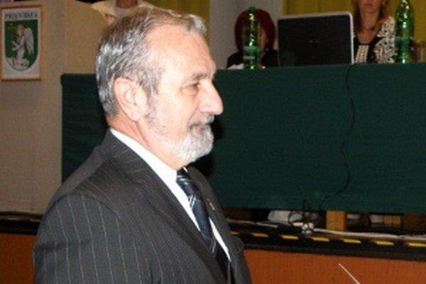 Gabriel Čauder nevynechal žiadne rokovanie zastupiteľstva.