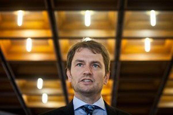 Šéf Obyčajných ľudí Igor Matovič. Jeho návrh si nezískal Vieru Tomanovú zo Smeru ani poslancov opozície.