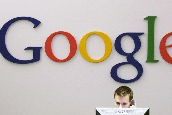 Google sa zatiaľ nevyjadril, prečo sa jeho hospodárske výsledky zverejnili skôr.