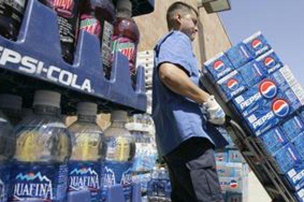 Do hypermarketov a supermarketov spoločnosti Tesco u nás a v Česku už Pepsi nevozia.