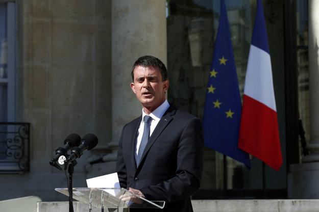 Premiér Valls vyhlásil trojdňový štátny smútok.