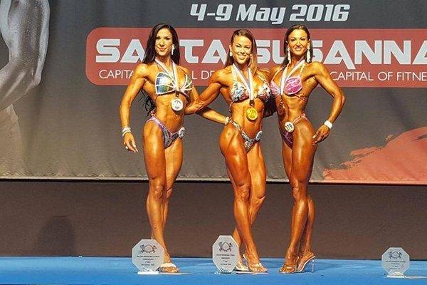 Klaudia Pisarčíková. Obhájila druhé miesto vbodyfitness.