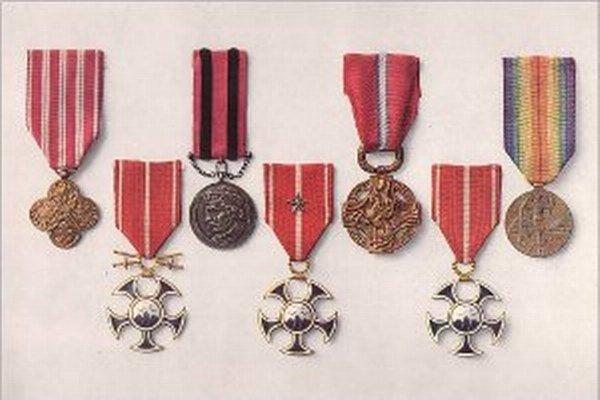 Vyznamenania sú z rokov 1914 až 1918.