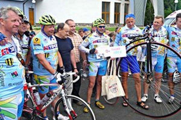 Cyklisti: Prechádzali aj naším okresom, v tomto prípade sú v Plavnici.