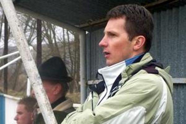 Kormidelník Slavomír Pajonk. Má vážne obavy z vypadnutia z piatoligovej súťaže.