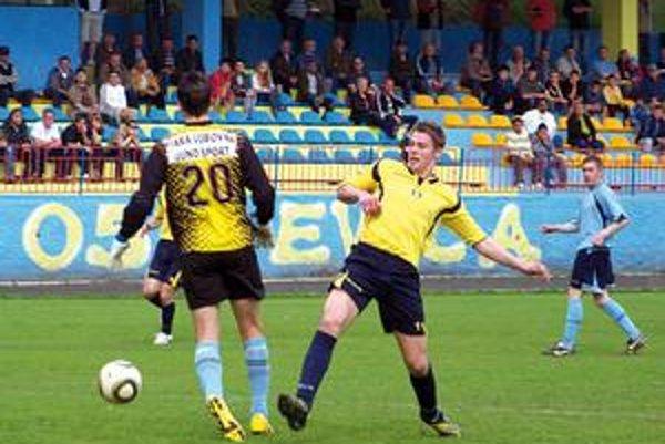 Rezerva Starej Ľubovne. Vyšla na ihrisku súpera opäť gólovo a bodovo naprázdno.