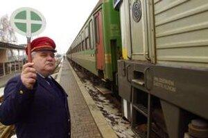 Železnice dostali povolenie na prepúšťanie od časti odborov. Má ísť  najmä o administratívne sily.